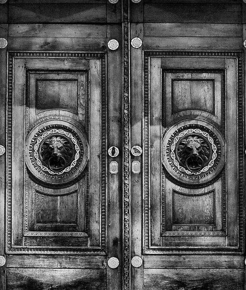Combien coute une porte blindée : comparatifs des meilleurs offres