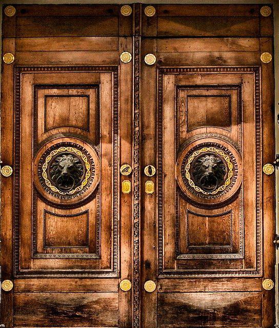 Porte d'Entrée Blindée à Aix-les-bains pour maison