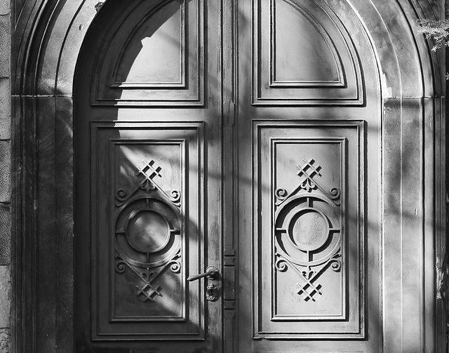 Porte d'Entrée Blindée à Bruges pour maison
