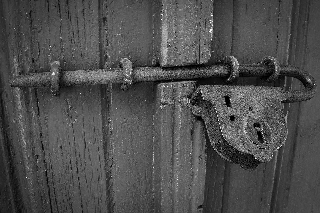 Porte d'Entrée Blindée à Châteaurenard pour maison