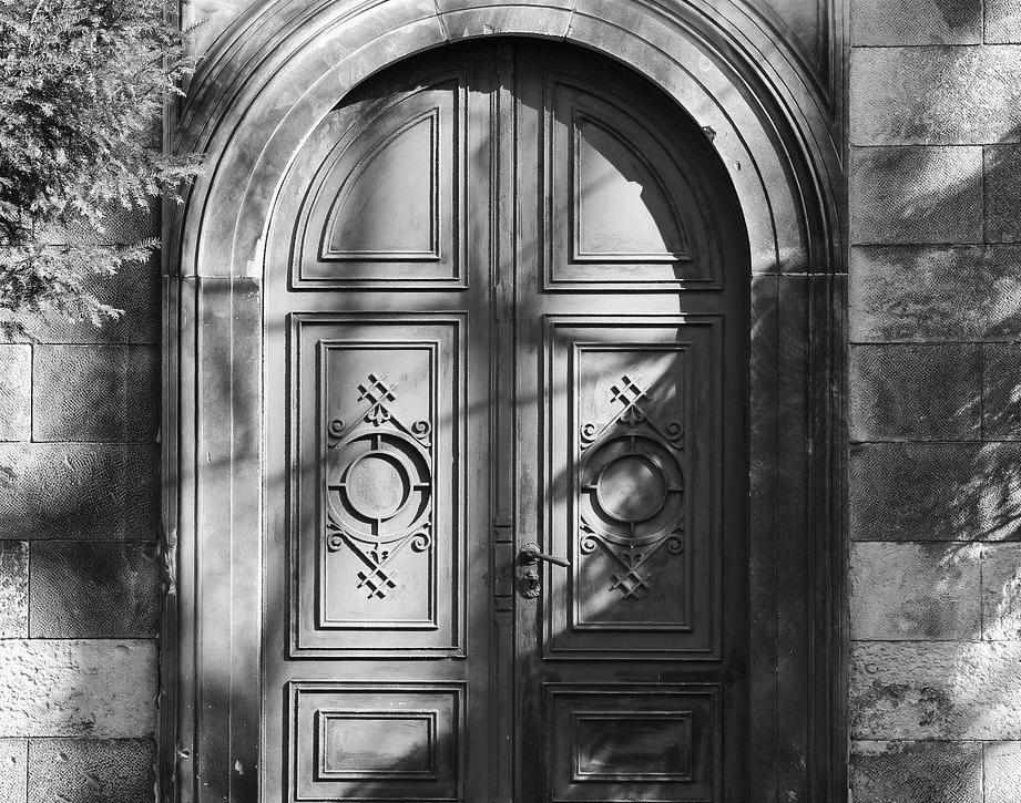 Porte d'Entrée Blindée à Foix pour maison