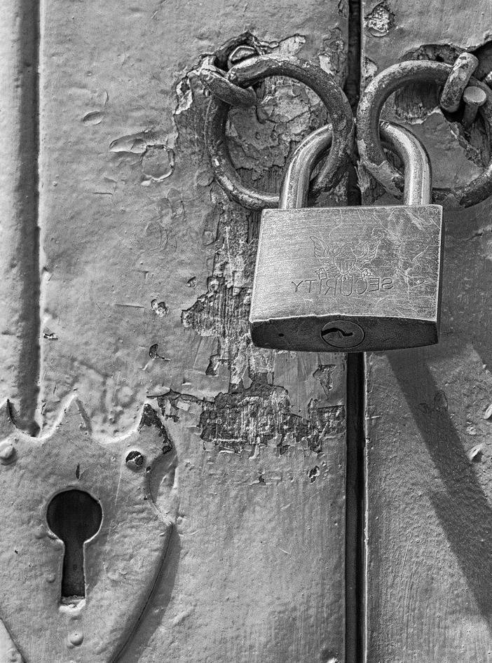 Porte d'Entrée Blindée à Frontignan pour maison