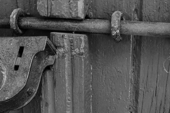 Porte d'Entrée Blindée à Mions pour maison
